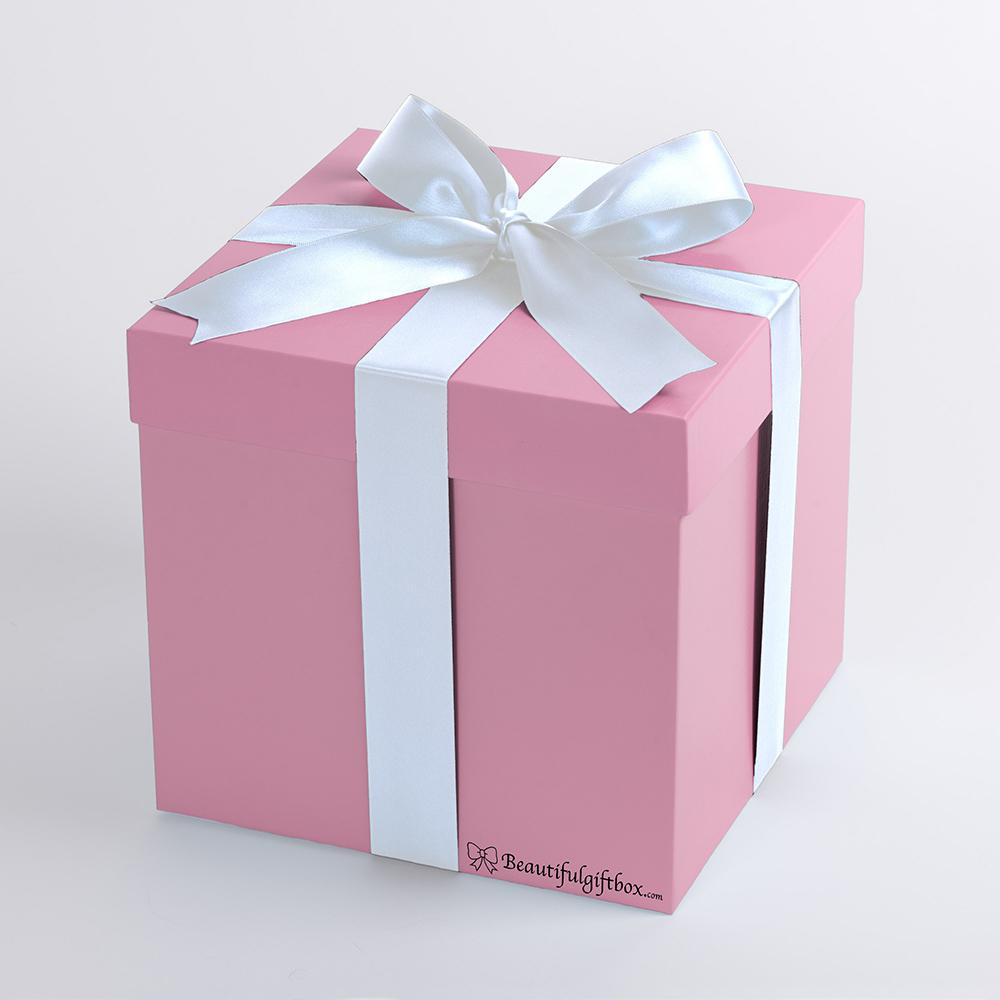 Baby boy gift pink with white bow