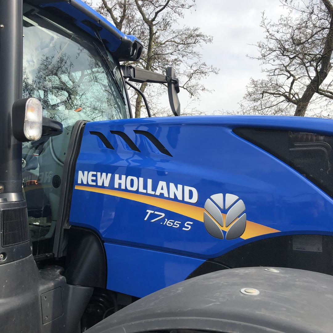 NEW HOLLAND - yr 2021 - by bluepotatoes.nl